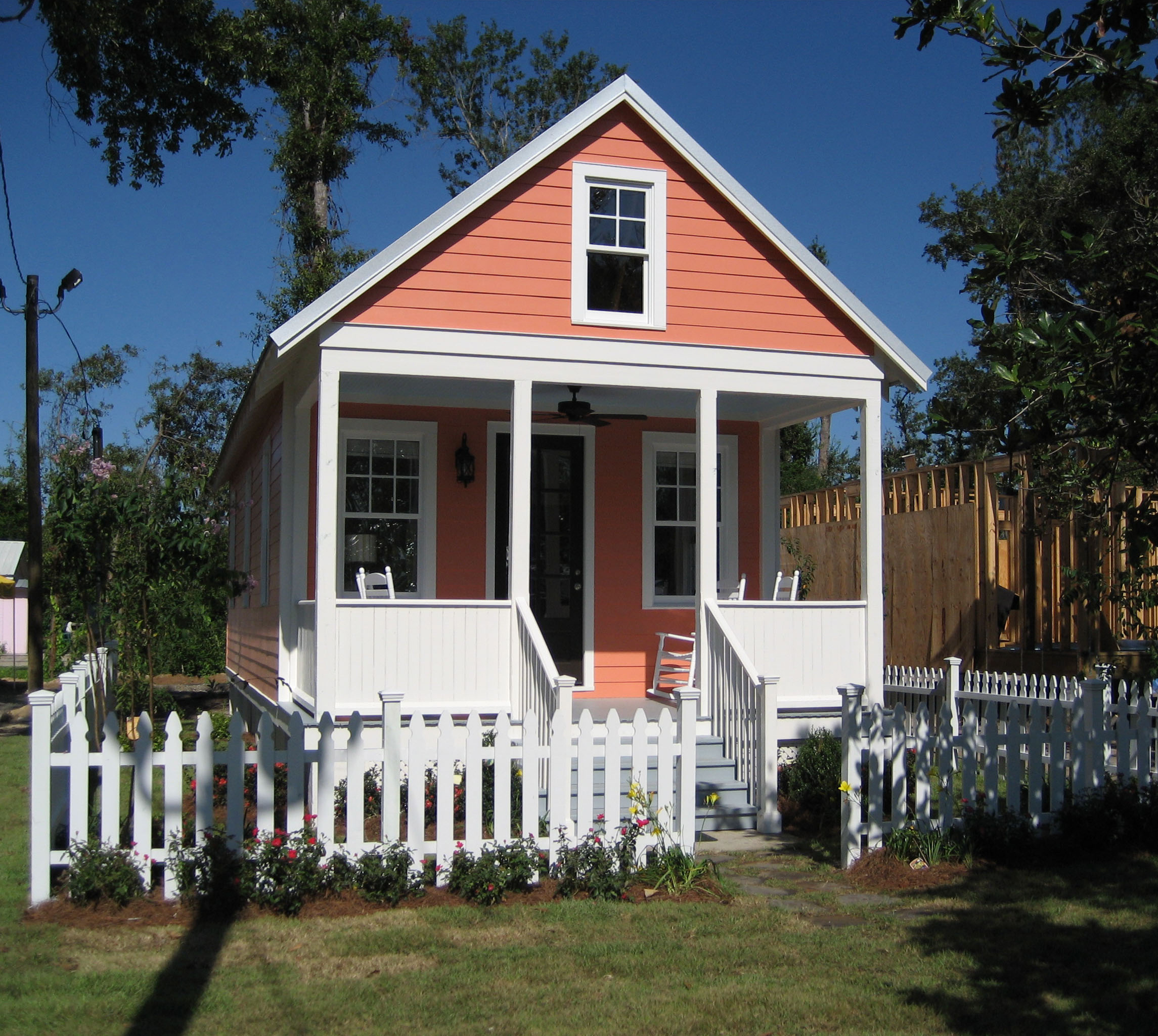 Lowe's Katrina Cottage Kit: 544 sf 2 bedroom permanent house.